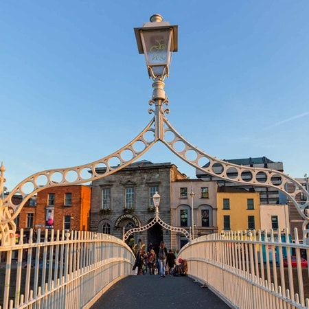 Ireland Dublin HapennyBridge 2016 R 471296534