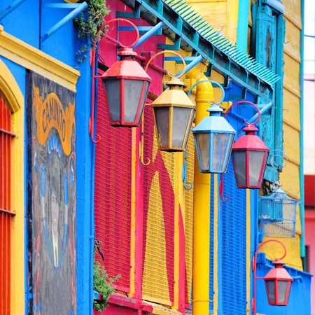 Argentina BuenosAires ColourfulBuildings 2016 R 136541627 Static